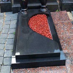 Надгробная плита №03