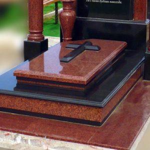 Надгробная плита №01
