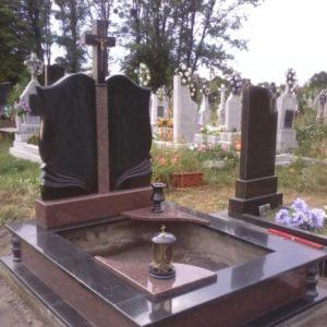 Надгробная плита №09